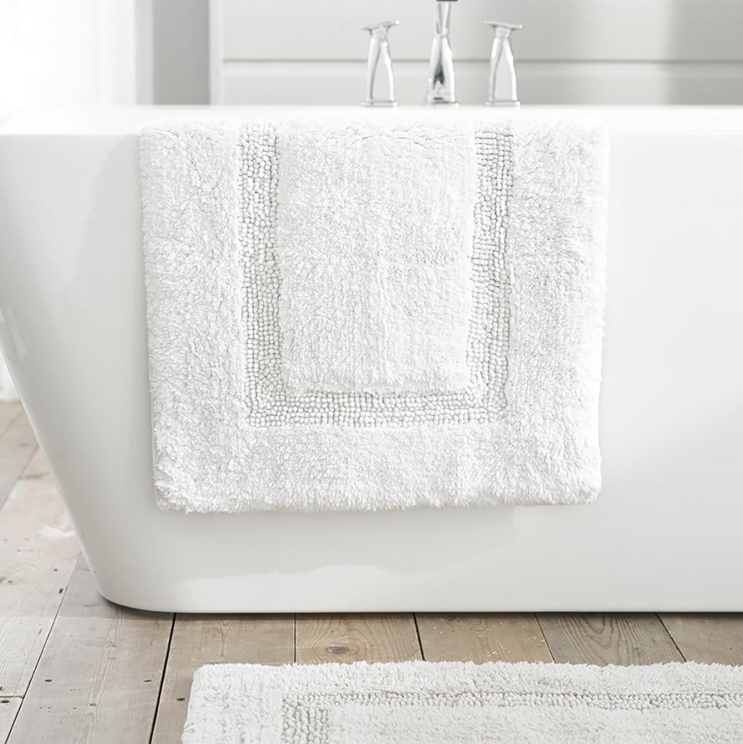 TLC Luxury Tufted Bath Mat - White