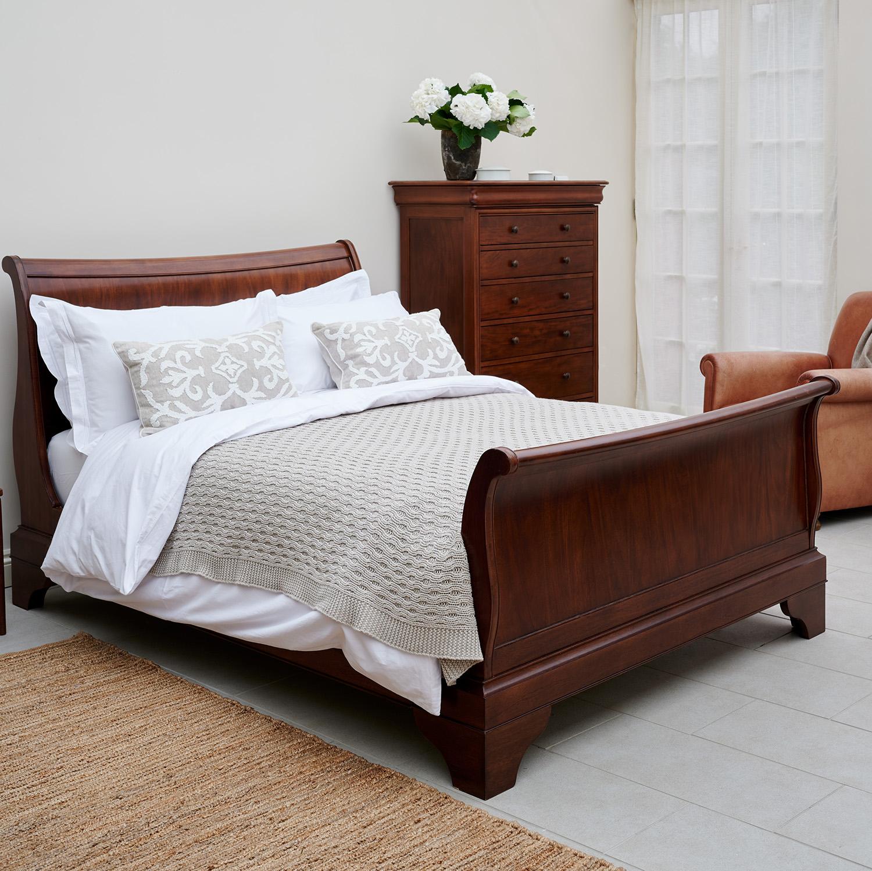 Willis & Gambier Antoinette 6ft Super King Size Bedstead (180cm)