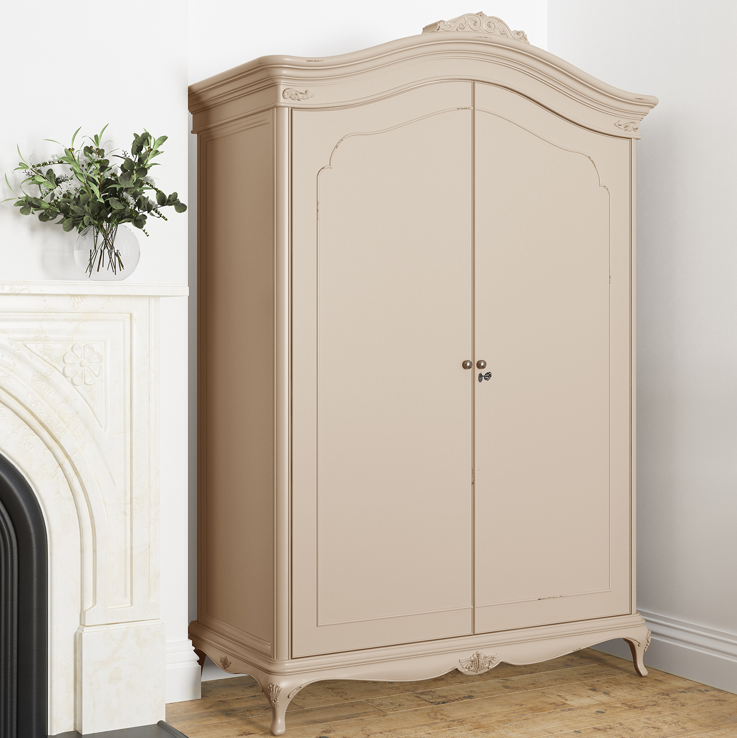 Willis & Gambier Ivory Wide Fitted Wardrobe