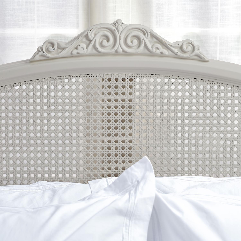 Willis & Gambier Etienne 4ft6 Double Size Bedstead (135cm)