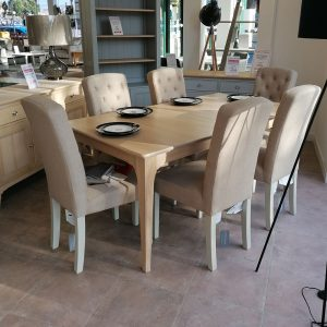 New England Extending Table & 6 Button Chairs