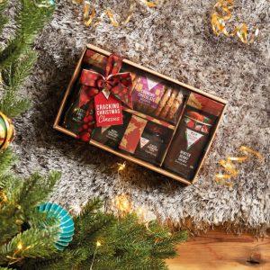 Cracking Christmas Classics Hamper